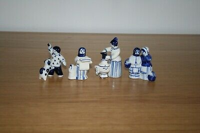 Vintage Gzhel Hand Painted Russian Porcelain Group Of 4 Figurines Blue & White  • 15£