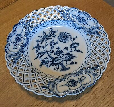Stunning Blue And White Meissen Onion Pattern Ribbon Plate • 13.30£