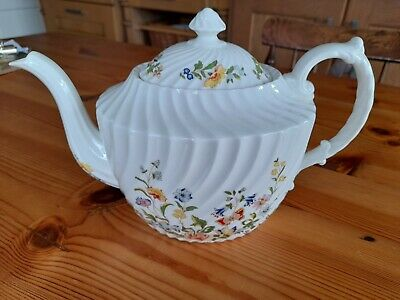 Anysley Cottage Garden Large Lidded Teapot Made In England • 25£