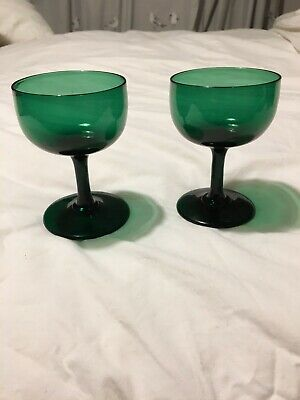 Pair Of Green Champagne Glasses C.1830 Excellent Condition. • 9.99£