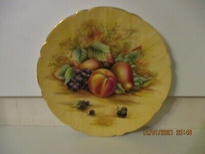 Aynsley Orchard Gold  Plate • 28£