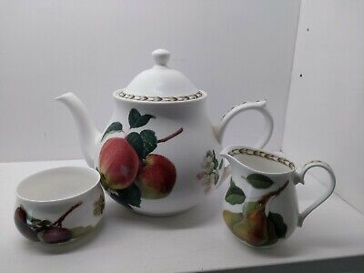 Queen's RHS  Hookers Fruit  Pattern 2pt Teapot  With Milk Jug And Sugar Bowl • 17.95£
