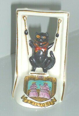 1920s ARCADIAN CRESTED WARE LUCKY BLACK CAT ON A SWING  WILTON CREST   • 26.99£