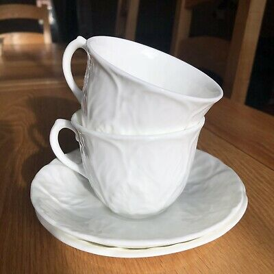Wedgwood Coalport China White Countryware Pair Of Tea Cups & Saucers • 4.20£