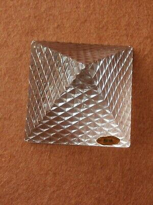 Tyrone Crystal  Pyramid Paperweight - Stamped  • 12.99£