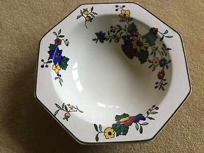 ROYAL DOULTON  BOWL - Pattern Number D4662 Circa 1938 - Made In England. • 10£