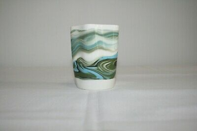 Scottish Isle Of Lewis Heoridean Pottery Fear An Eich Small Vase / Pot • 3.50£