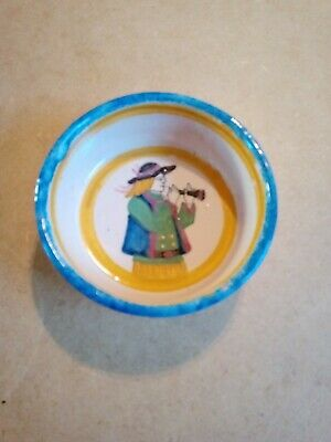 Small Quimper Dish Suitable For Display. Signed Henriot Quimper. • 4.50£