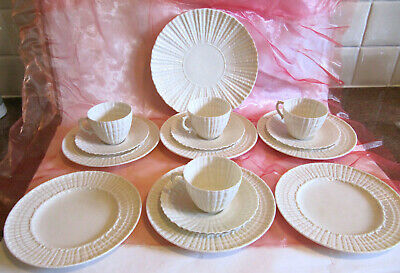 Belleek Style Limpet 4 Cups & Saucers 6 Side Plates Large Cake Serving Plate • 19.99£