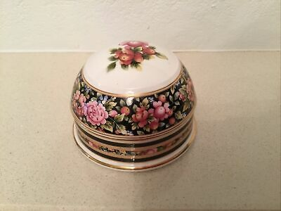 Wedgwood Paperweight • 4.99£