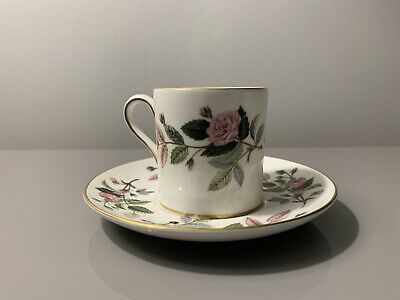 Wedgewood Hathaway Rose Expresso Coffee Cups And Saucers X4 • 75£