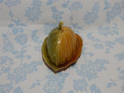 Royal Winton Grimwades Made In England.  Leaf Butter Dish And Lid. • 18.97£