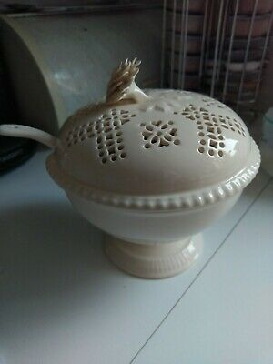 Royal Creamware Lidded Sauce Dish With Ladel • 24£