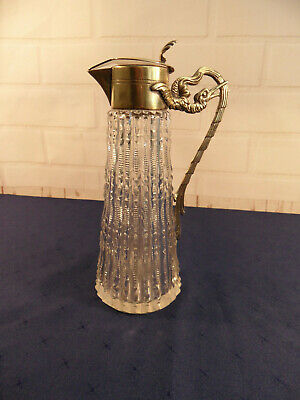 Vintage Cut Glass Crystal Decanter / Carafe - 9 In Tall  • 9.99£
