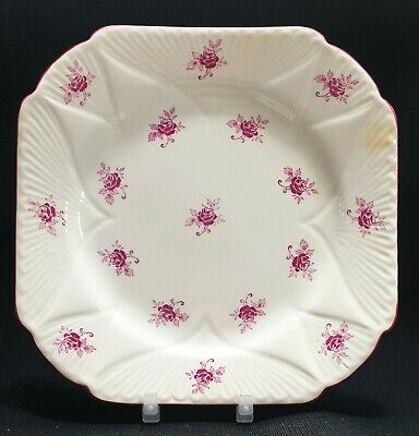 Vintage Shelley Dainty Shape Plate Scattered Roses Pattern No. 2147  • 0.99£