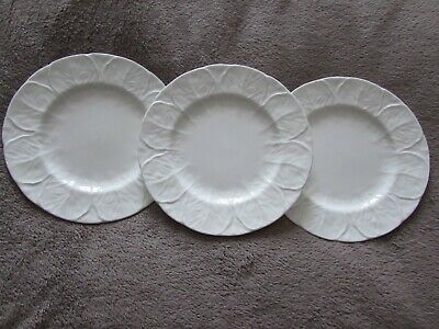 3 X WEDGWOOD 8  Plates In The  White COUNTRYWARE Pattern - Used • 20£