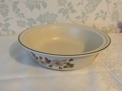 Marks & Spencer   Autumn Leaves   Round Serving Dish, Made In England • 2.99£