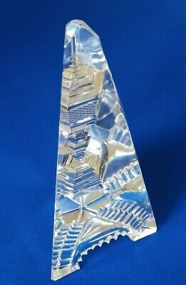 Cut Glass Obelisk. A Very Attractive Piece, • 60£