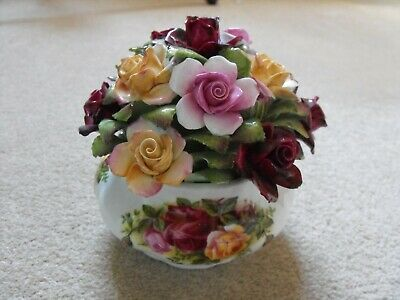 Royal Albert Old Country Roses Floral Cluster Bouquet • 18£