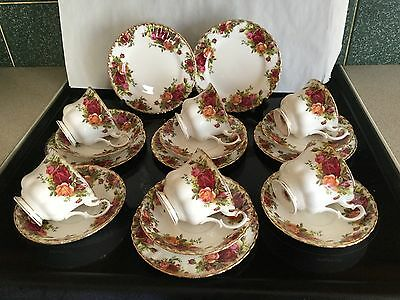 ROYAL ALBERT OLD COUNTRY ROSE Trios X 6 Cups.Saucers Plates • 31£