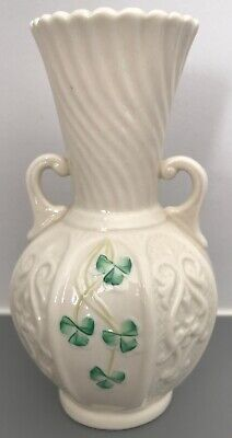 Belleek Shamrock Vase • 12.99£