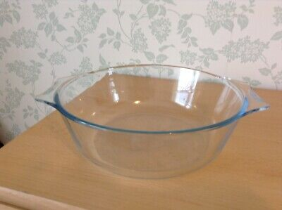 Pyrex Made In England Clear Glass Large Casserole Dish. No Lid • 1.99£