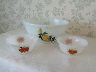 2 X PHOENIX OPALWARE SMALL BOWLS And 1 OPALWARE MIXING / SERVING BOWL • 3.99£