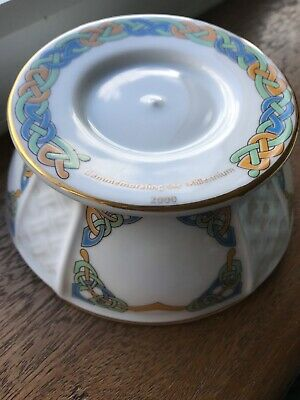Royal Tara China Commemorating The Millennium 2000 Candleholder • 35£