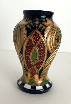 Moorcroft Staffordshire Gold Pattern Vase By Alicia Amison • 95.95£