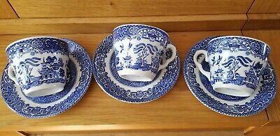 Blue & White Willow Pattern Cups And Saucers - English Ironstone Tableware • 9£