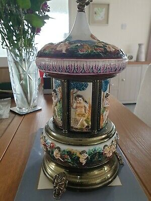 Capodimonte Carousel Made In Italy With Swiss Musical Box. (RE-LISTED) • 125£
