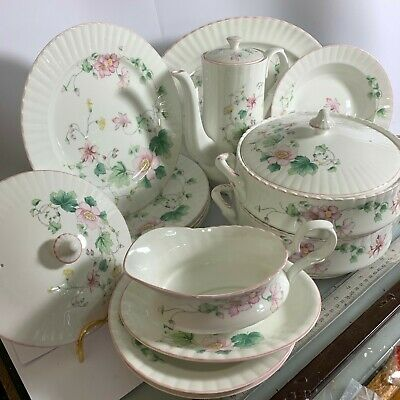 Royal Stafford Woman & Home Part Dinner Service & 2 X Tureens Pink Clematis • 45£