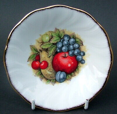 Queens China Antique Fruit Pattern MInt Or Bon Bon Dish 12.5cm Dia Looks In VGC • 7.95£