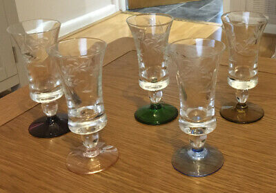 5X Vintage Etched Coloured Sherry Glasses • 10£