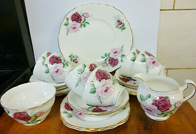 Vintage Royal Vale ~Light Pink &  Dark Pink Rose Flowers ~ Tea Set ~ 21 Pieces • 80£