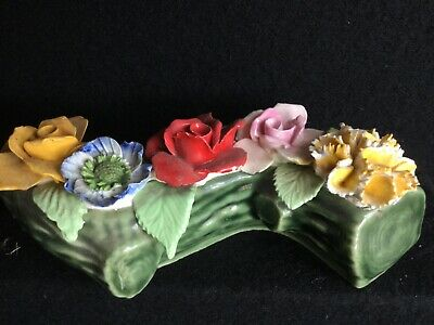 Wade Whimsie Flowers Set On A Log • 5£