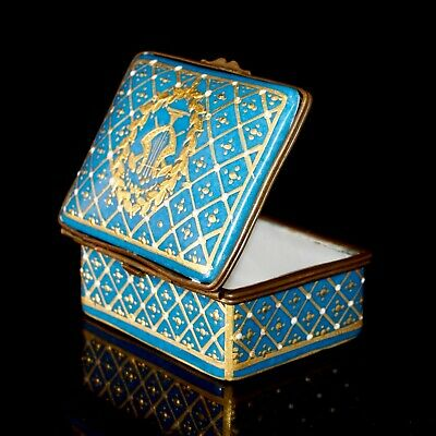 Antique Sevres Bleu Celeste Gilt And Jewelled Hinged Box With A Gold Lyre, 7 Cm • 200£