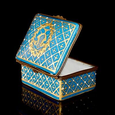 Antique Sevres Bleu Celeste Gilt And Jewelled Hinged Box With A Gold Lyre, 7 Cm • 300£