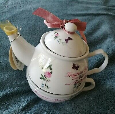 Tea For One Set With Rose Design, Originally Manufactured For Bhs 2009, • 8.99£