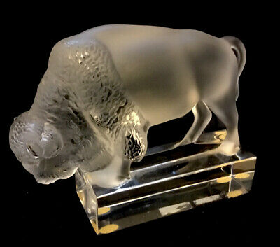 Lalique Bison / Buffalo Paperweight. • 195£