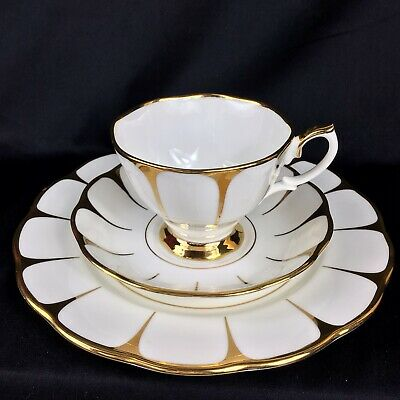 Vintage China Teacup Trio Royal Vale Daisy Strike English White & Gold Unused • 20£