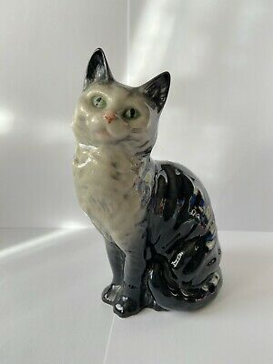 Beswick Model 1030 Cat Seated Looking Up • 40£