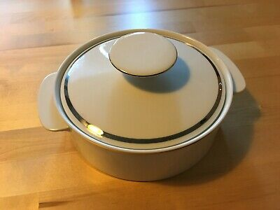 Thomas Medaillon White Platinum Serving Dish / Big / With Lid • 13£