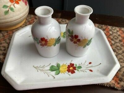 Vintage Hand Painted Art Deco Ceramic Tray With Two Small Bud Vases. • 8£