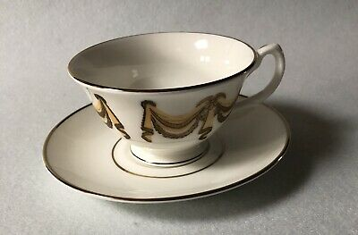 Royal Crown Derby - English Heritage  Cup And Saucer • 6.70£