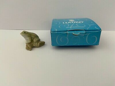 Boxed Miniature Lladro Green, Olive & White Frog • 35£