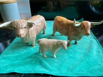 ROYAL DOULTON HIGHLAND CATTLE FAMILY IN PERFECT CONDITION And Its The Old SET • 350£