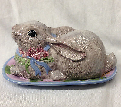 Zrike Danna Cullen Vintage Meadow Bunny Butter Dish With Bunny Lid Floral • 60.82£