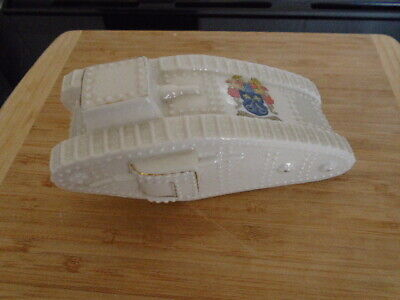 Arcadian Crested China Large Model Of A WW1 Tank Arms Of Wisbech  658588 • 42£