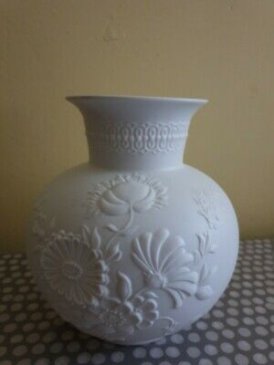 AK Kaiser White Bisque 6  Tall With Raised Floral Decoration  • 25£